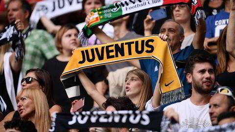 Italienske Juventus er blant de 12 klubbene som er blitt enige om å danne en egen europeisk «superliga» for de største og beste klubbene. Initiativet er blitt møtt med massiv motstand i fotballverden. Likevel steg Juventus-aksjen nesten 18 prosent på Milano-børsen mandag i etterkant av nyheten.