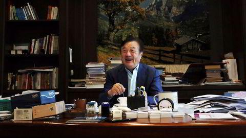 Kinesiske Ren Zhengfei er fortsatt president i selskapet i han grunnla i 1987. Hvilket selskap?