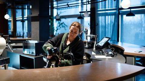 – Jeg er ufattelig glad for at jeg har jevn kontakt med alle mine ansatte, sier den arbeidsledige restauranteieren Kari Innerå, som stengte Brasserie Rivoli i november.