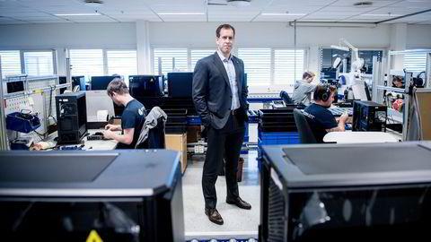 Komplett-sjef Lars Olav Olaussen har brukt de siste par årene til å rydde opp i netthandelskonsernet. Nå vokser selskapet kraftig innenfor kjerneområder som pc-er og gaming.