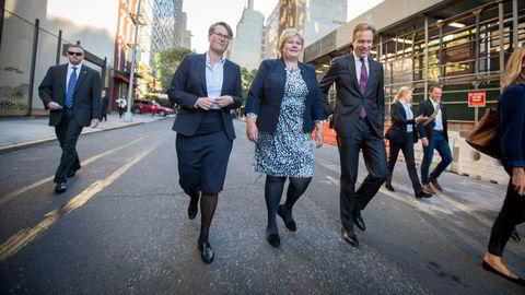 Erna Solberg i New York med de daværende statsrådene Børge Brende og Tine Sundtoft. Begge fikk automatisk etterlønn da de fratrådte.