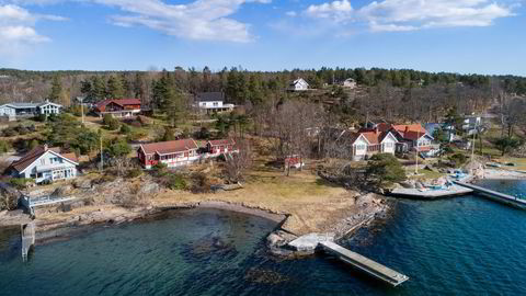Fritidsboligen på Tjøme har en strandlinje på omtrent 80 meter, samt egen båtbrygge,