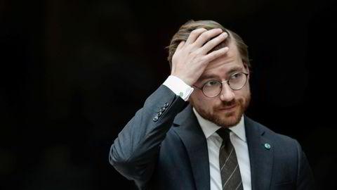 Klima- og miljøminister Sveinung Rotevatn (V) fikk ikke med seg Stortinget på et klimaforlik.