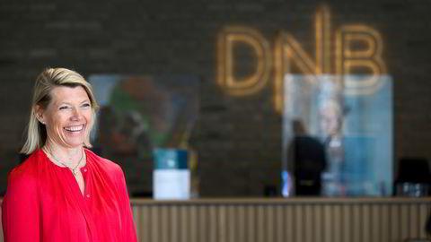 Kjerstin Braathen, konsernsjef i DNB, legger milliarder på bordet i et forsøk på å sikre seg Sbanken.