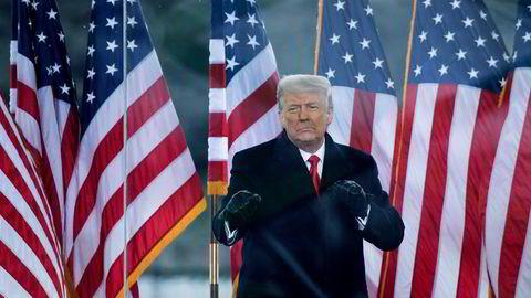Donald Trump holder tale rett før stormingen av Kongressen 6. januar. Trump ble ikke dømt for riksrett, men nå må står han foran nye runder i rettsapparatet.
