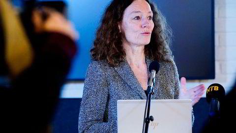 Direktør i Folkehelseinstituttet, Camilla Stoltenberg, anbefalte denne uken en ny fordeling av vaksinedosene