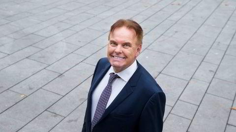 Investor Rikard Storvestre forteller at han misliker formuesskatten, men betaler all annen skatt med glede. Derfor bytter han ut sin nåværende skattekommune Sortland med nabokommunen Bø.