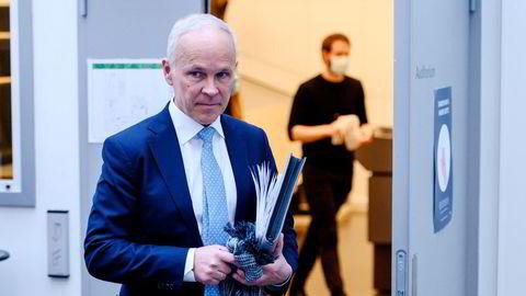 Først fredag før påske ble finansminister Jan Tore Sanner orientert om at Skattedirektoratet siden 2019 har vurdert endringer i skatteamnestiordningen. Nå ber Stortinget om å få en intern rapport på bordet.