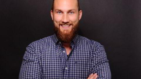 Malte Baumann bruker tiden som arbeidsledig på å lære norsk og søke jobber.