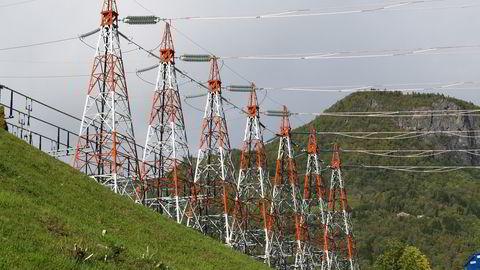 Frontene mellom de rødgrønne partiene er fremdeles steile når det gjelder eksport av strøm, skriver Anne Therese Gullberg.
