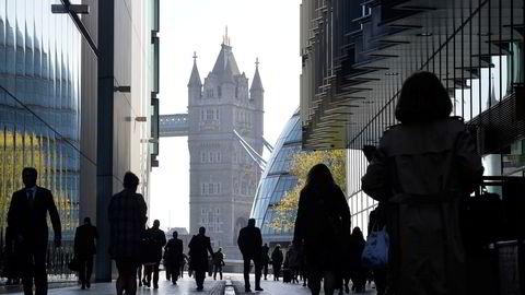 Anslagsvis 7.000 finansjobber er overført fra Storbritannia til andre europeiske byer.