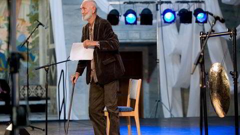 Odd Børretzen så det før Piketty, skriver artikkelforfatteren. Den nå avdøde visekunstneren deltok under åpningen av Oslos største festival, Mela 2008, i Oslo rådhus.