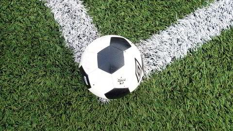 Det man bedriver i norsk toppfotball er på en annen planet i forhold til gode fotballnasjoner, skriver innleggsforfatteren.
