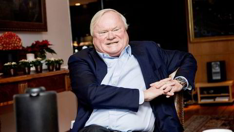 John Fredriksen og hans kriserammede riggselskap Seadrill får mer tid til å forhandle med kreditorene. Ordkrigen mellom advokatene har gått opp et hakk, men styreleder Glen Ole Rødland sier stemningen er bedre enn det kan virke utenfra.