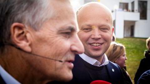 Påtroppende statsminister Jonas Gahr Støre og finansminister Trygve Slagsvold Vedum la frem sin rykende ferske regjeringsplattform onsdag.