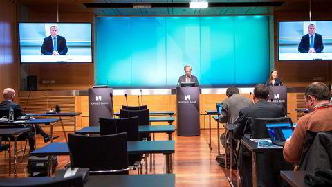 Norges Bank forsvarte Nicolai Tangens plasseringer i skatteparadiser ved å vise til at Caymanøyene og Jersey hadde inngått informasjonsutvekslingsavtaler i skattesaker, skriver artikkelforfatterne.