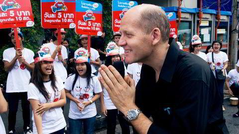 - Mye av avkastningen som våre aksjonærer har nytt godt av har også kommet fra Asia, sier konsernsjef Sigve Brekke på telefon fra Bangkok. Her fra en markering ved Telenors datterselskap Dtac i Thailand i 2010.
