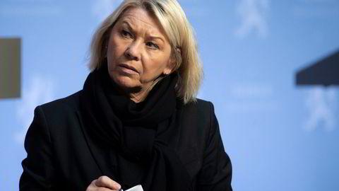 Justisminister Monica Mæland (H) kritiserer politiet for å ikke få nok ut av budsjettmidlene.