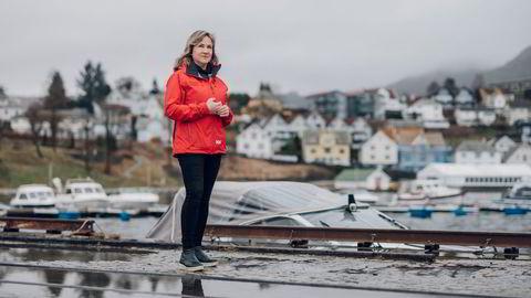 Strand kommune vedtok i desember å sette ned formuesskatten til 0,45 prosent i 2022. Nå mener ordfører Irene Heng Lauvsnes at risikoen er for stor, og går bort fra planene.