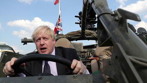 Statsminister Boris Johnson vil etablere nye avdelinger som «National Cyber Force» og «Royal Air Force Space Command» mens størrelsen på den britiske hæren kan bli redusert.