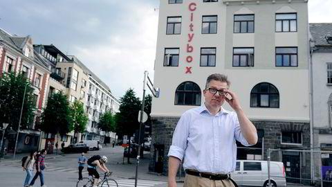 Martin Smith-Sivertsen i Citybox-kjeden etablerer seg i Kristiansand midt tidenes hotellkrise.