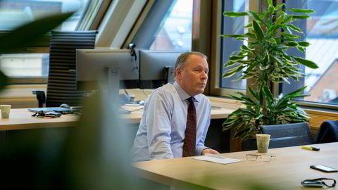 For å innta en sterkere klimarolle ville Oljefondet trenge et klart mandat fra regjering og storting, skriver artikkelforfatterne. Nicolai Tangen leder forvaltningen av Oljefondet.