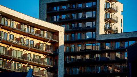 En renteoppgang på ett prosentpoeng gir en nedgang i gjennomsnittlig netto boligformue for husholdninger i tyveårene på mellom fire og fem prosent i løpet av ett år, skriver Kjersti Haugland.