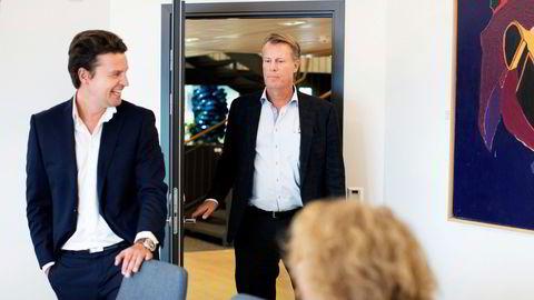 – Det er vårt klar største og mest verdifulle selskap, sier Ferd-sjef Morten Borge (til venstre) om Elopak. Her sammen med Ferd-eier Johan H. Andresen til høyre.