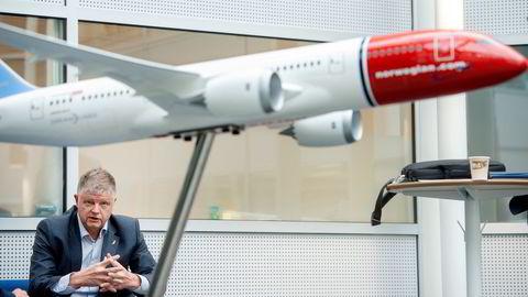 – Innenriksreiser i Norge og flygninger mellom vårt nordiske hjemmemarked og resten av Europa har alltid vært selve ryggraden i Norwegians rutenett, og det er dette som også danner grunnlaget for hvordan Norwegian skal se ut fremover, sier Norwegian-sjef Jacob Schram.