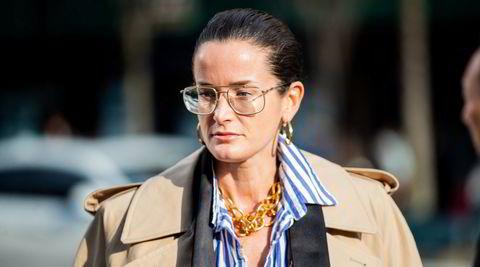 Art chic. Galleridirektør Lucy Chadwick jobber med kunst for den britiske galleristen Gavin Brown, men er også ofte å se i diverse motenettsteder og på moteuker, her under New York Fashion Week i februar 2020.