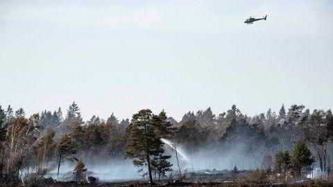 Global oppvarming på rundt tre grader i 2100 er det mest sannsynlige scenarioet med de tiltakene som er på plass i dag. Det er ille nok, men fortsatt et stykke fra hva som er verst tenkelig. Her fra de omfattende brannene i svenske skoger i fjor.