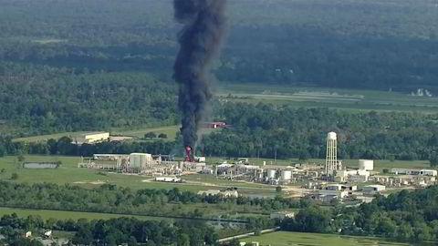 Alle beholderne med kjemikalier på fabrikken i Texas er utbrent.