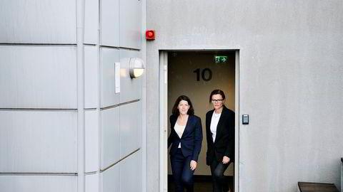 Bransjen må snu hver sten for å gjøre noe med kvinnemangelen i toppen, understreker advokat Kjersti Cecilie Jensen (til venstre) og managing partner Anne Marie Due i Hjort Advokatfirma.