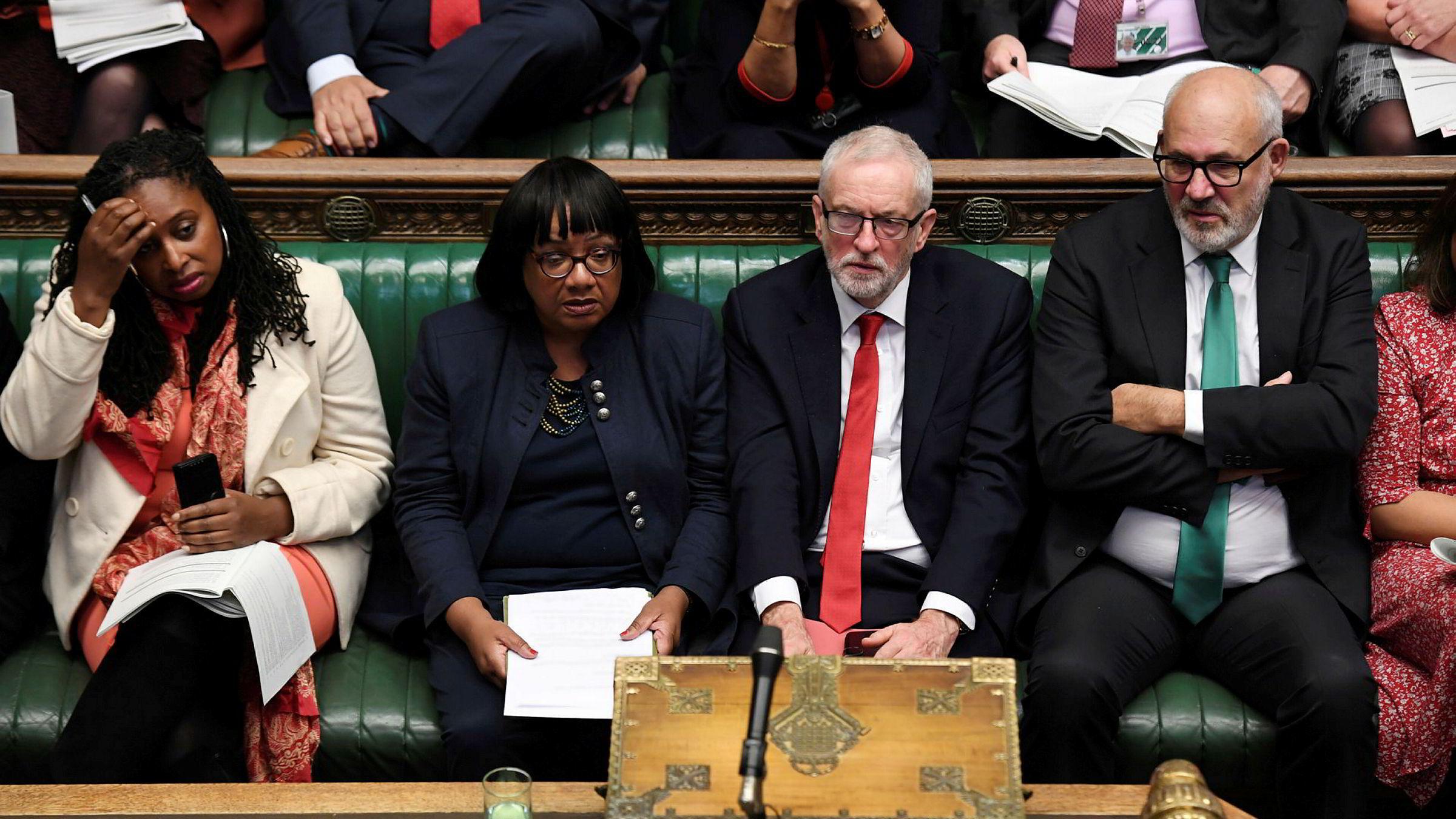 Hadde 16-åringene fått stemme ved siste britiske valg ville Labour-leder Jeremy Corbyn (med rødt slips) blitt statsminister. Nå kan det skje.