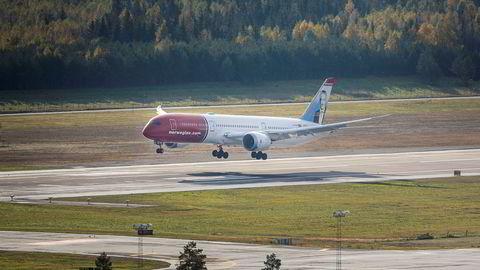 Norwegian Air Shuttle steg 25 prosent etter resultatfremleggelsen torsdag.