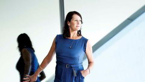 Forfatter Vigdis Hjorths (bildet) søster, Helga Hjorth, har skrevet en roman som tilsvar til romanen«Arv og miljø».