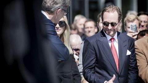 Krill, olje og fornybarmilliardær Kjell Inge Røkke (t.h.) og hans høyre hånd og Aker-sjef Øyvind Eriksen (med ryggen til) har tatt tre nye selskaper på Oslo Børs i år, to av dem med stor suksess.