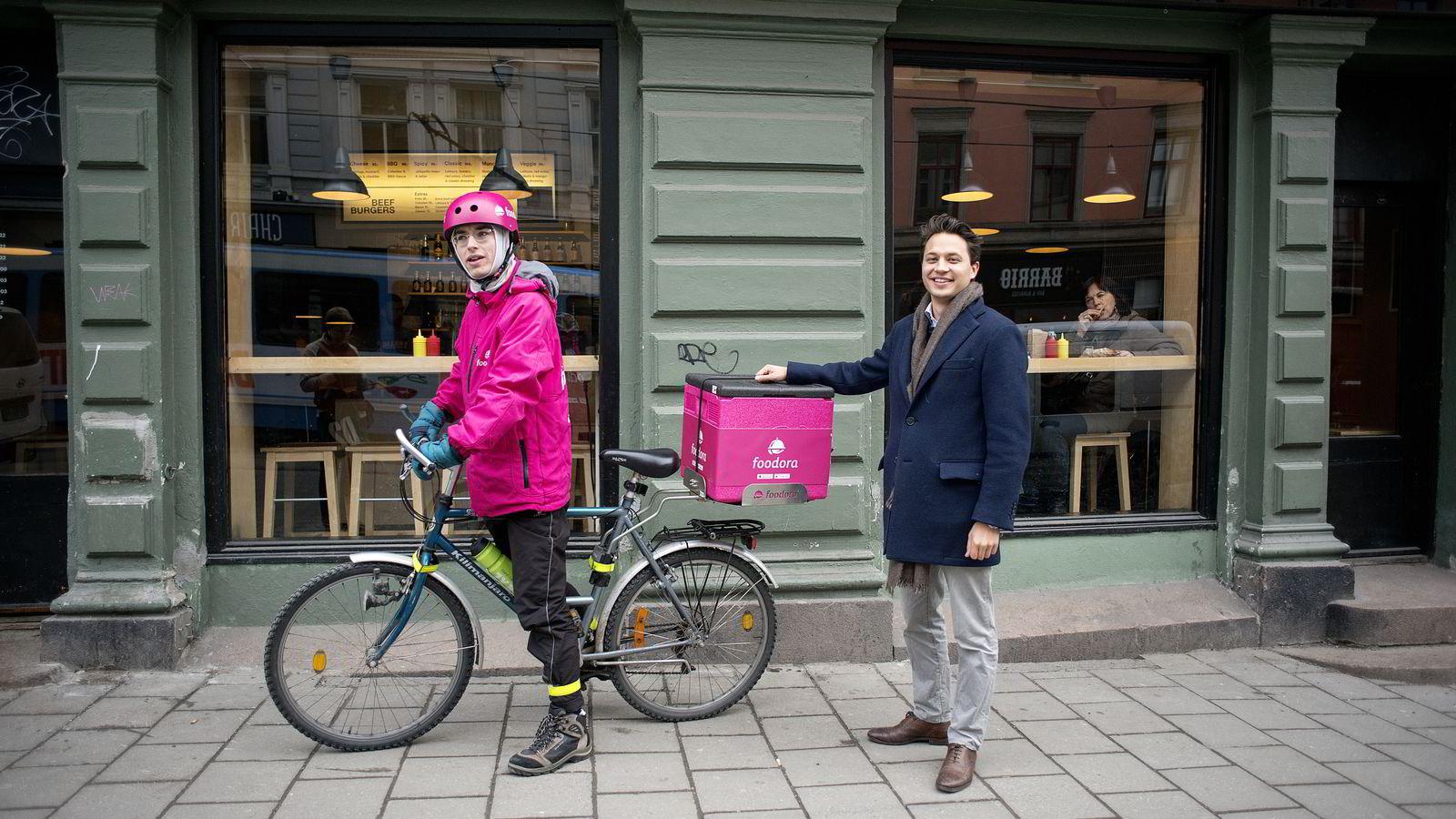 Syklist Emmanuel Fretelliere og norgessjef Carl Tengberg i Foodora.