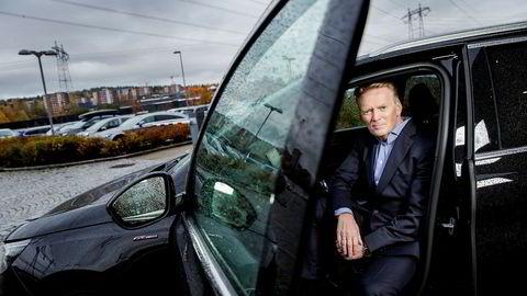 Konsernsjef Bjørn Maarud i Bertel O. Steen mener regjeringens plan om å innføre vektavgift på el- og hybridbiler forandrer på en politikk som virker.