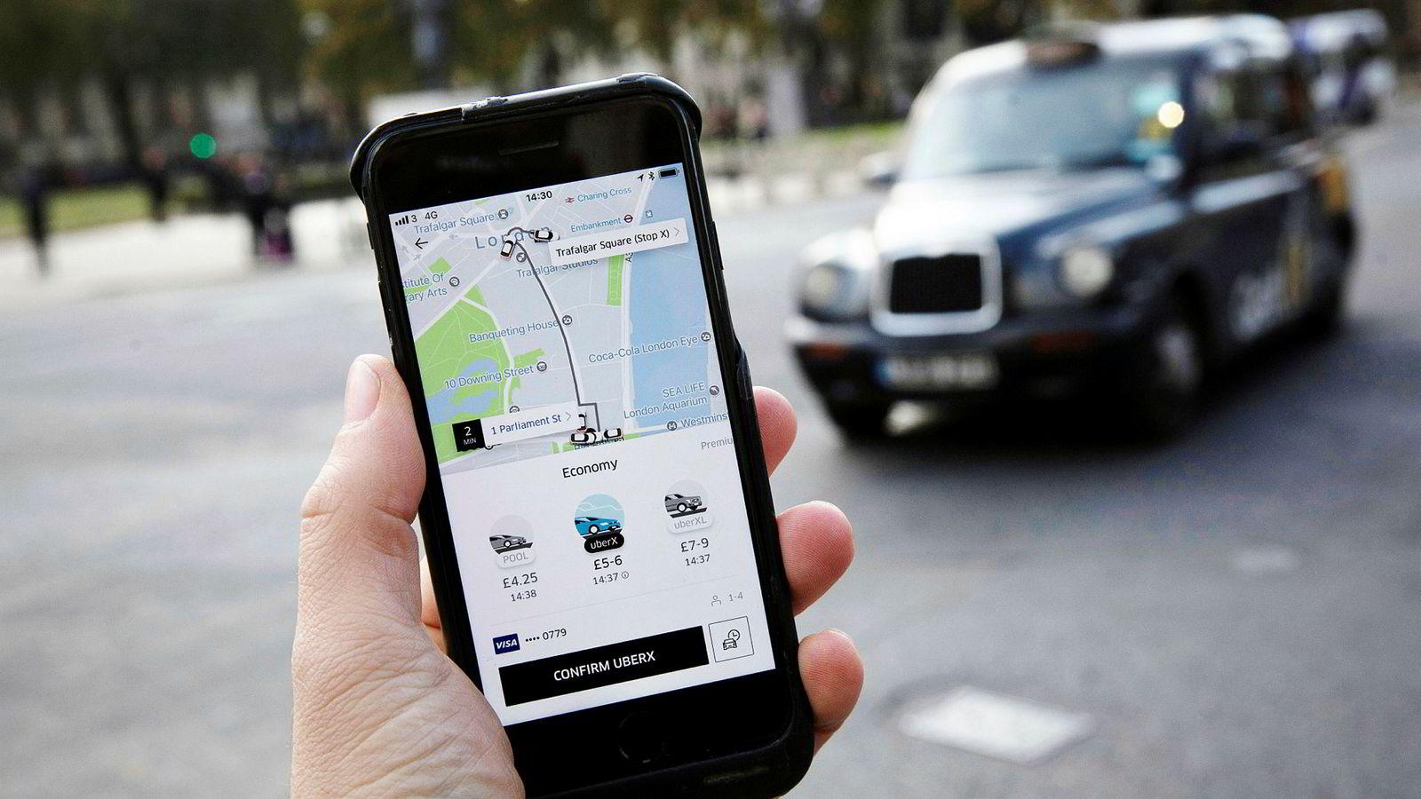 Bildet illustrerer transportappen Uber.