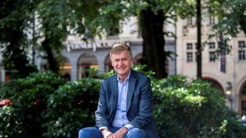 Tidligere partileder Erik Solheim går fra SV til Miljøpartiet De Grønne.