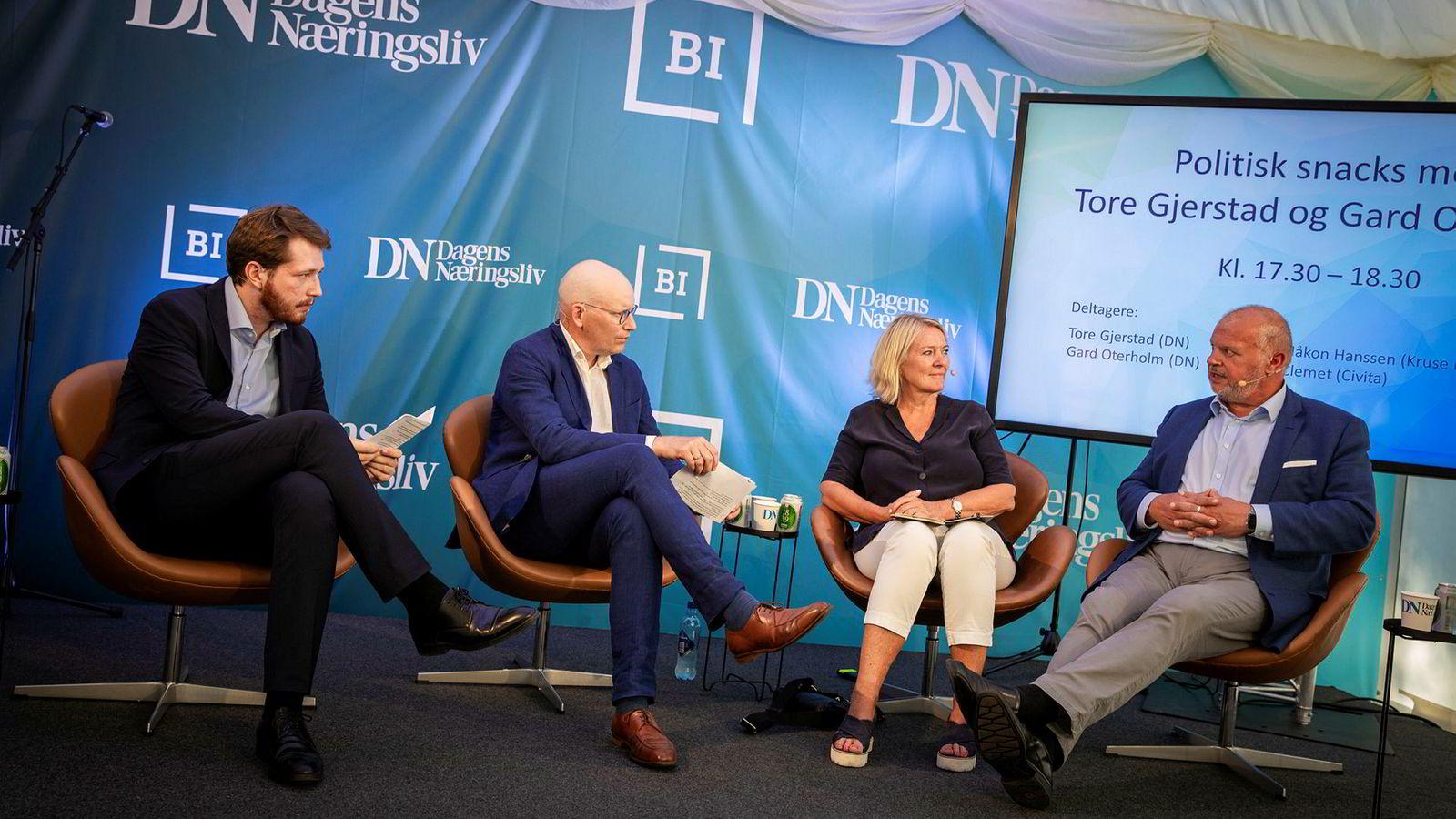 Civita-leder Kristin Clemet og Kruse-Larsen-partner Bjarne Håkon Hanssen ble intervjuet av DNs politiske reportere Gard Oterholm og Tore Gjerstad.
