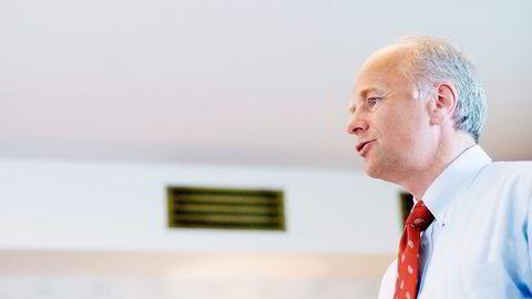 OPTIMISME. På tross av et hittil dårlig børsår for Deep Sea Supply, her ved finansdirektør Finn Amund Norbye, har to innsidere i selskapet tro på at aksjekursen vil stige igjen. Foto: