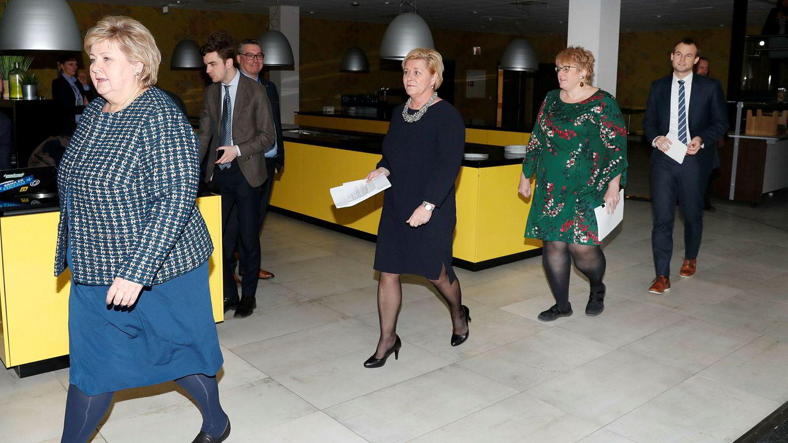 Borgerlige? Ikke-sosialistiske? Torsdag kveld la Høyre-leder og statsminister Erna Solberg (fra venstre), Frp-leder Siv Jensen, Venstre-leder Trine Skei Grande og KrF-nestleder Kjell Ingolf Ropstad frem sin nye regjeringsplattform.