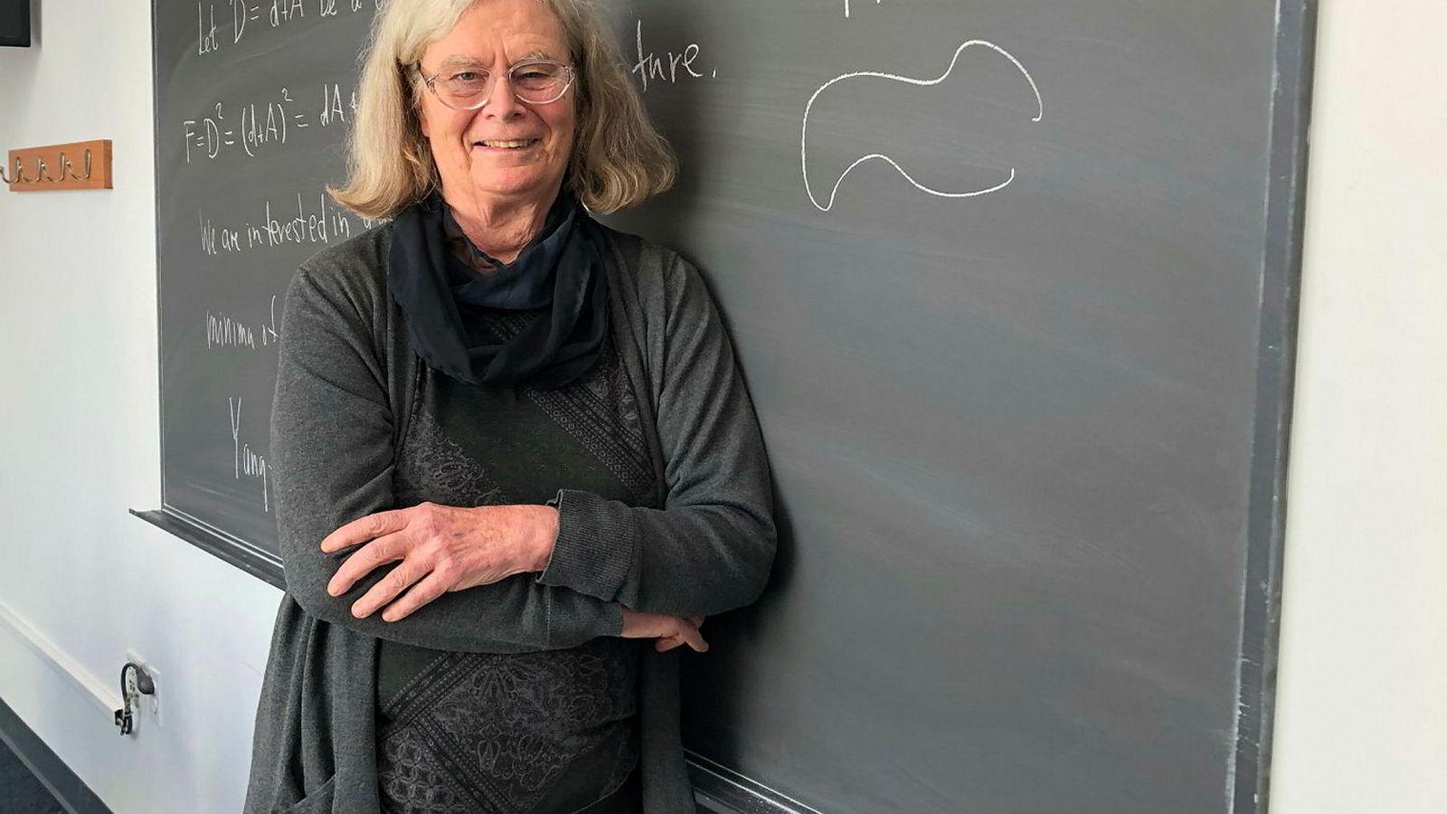 Den amerikanske matematikeren Karen Uhlenbeck er den første kvinnen som får Abelprisen.