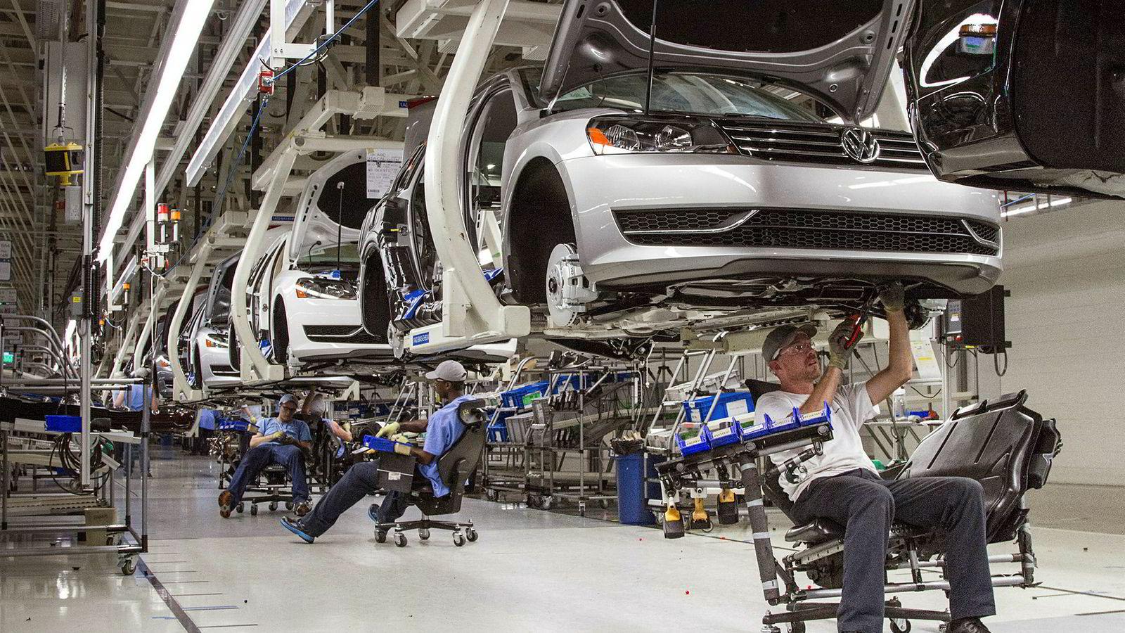 Volkswagen, som leder an i EU-markedet, tok inn 24,4 prosent av bilsalget det første halvåret i 2018, en vekst fra 23,3 prosent samme periode i fjor.