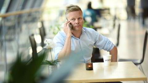 Tormod Sandstø, nordisk kommunikasjonsdirektør i Canal Digital, er forberedt på konflikt. Men han håper fortsatt at forhandlingene med TV 2 vil føre frem til enighet innen fristen. Foto: Canal Digital