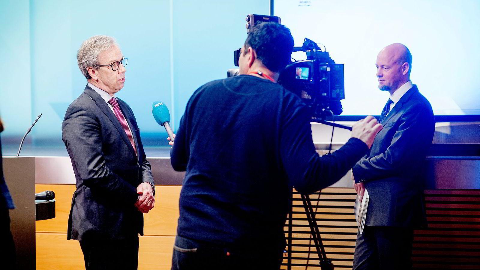 Sentralbanksjef Øystein Olsen (til venstre) og Yngve Slyngstad, sjef i Oljefondet, har mandat til å etablere datterselskap i skatteparadiser.