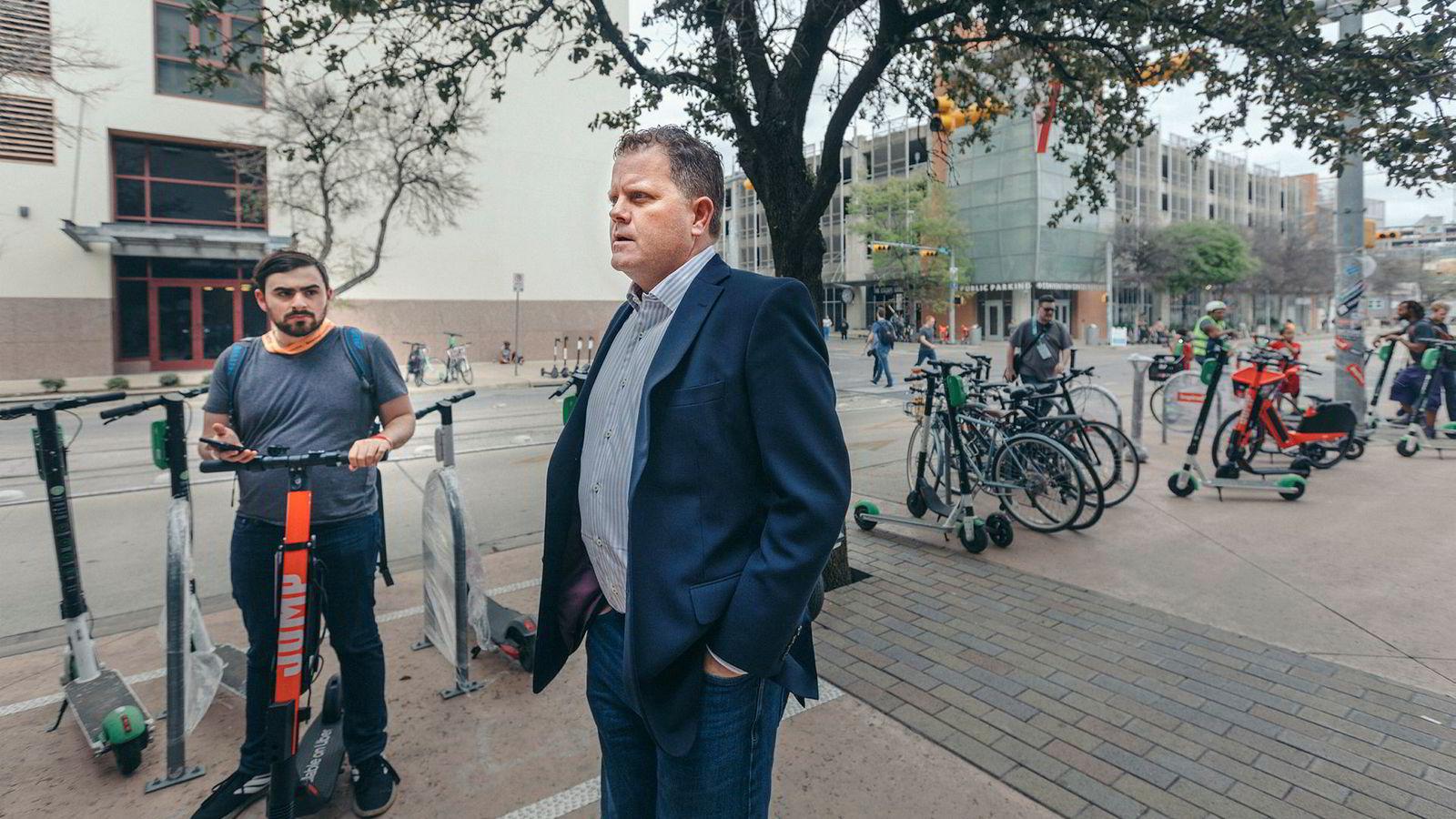 Greg Anderson er teknologigründer og står bak kryptovalutaen Cerescoin som kan endre handelen med cannabis i USA. Selskapet har søkt om tilsyn av finansmyndighetene og under South By Southwest i Austin i Texas presenteres planene.