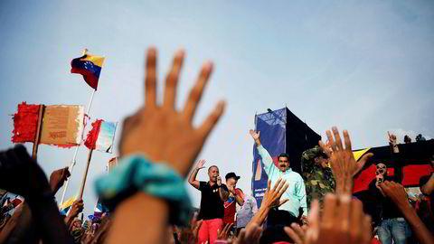 Venezuelas president Nicolás Maduros slagord for valget er «Sammen er alt mulig». Problemet er at han styrer et stadig mer splittet land, på vei mot stupet, der folk flykter i hundretusener.